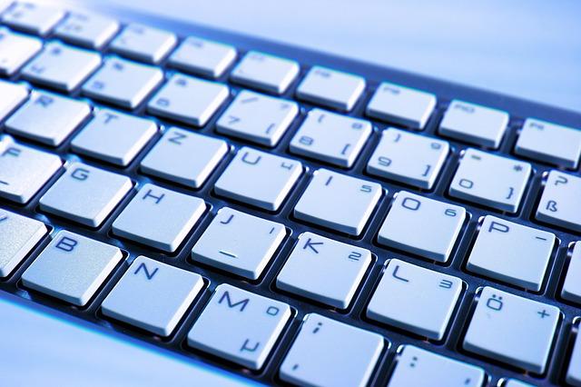 část klávesnice.jpg