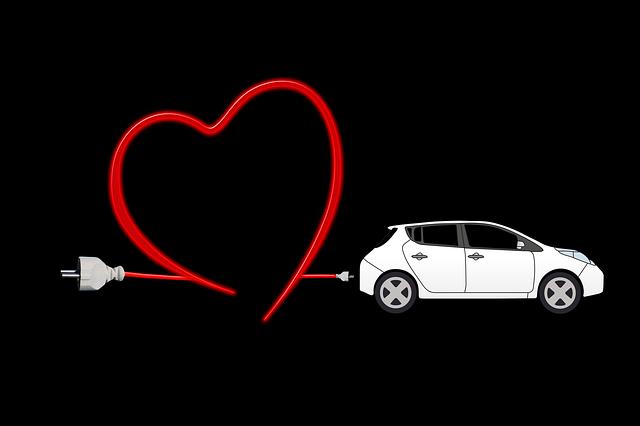 auto s elektrickým kabelem