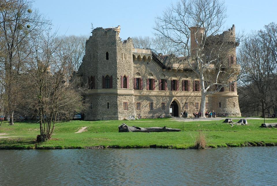 januv-castle-2197802_960_720
